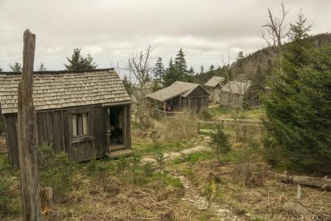 Mt. Laconte Village