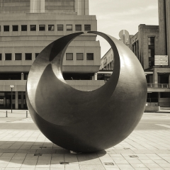 Belgium Sculpture